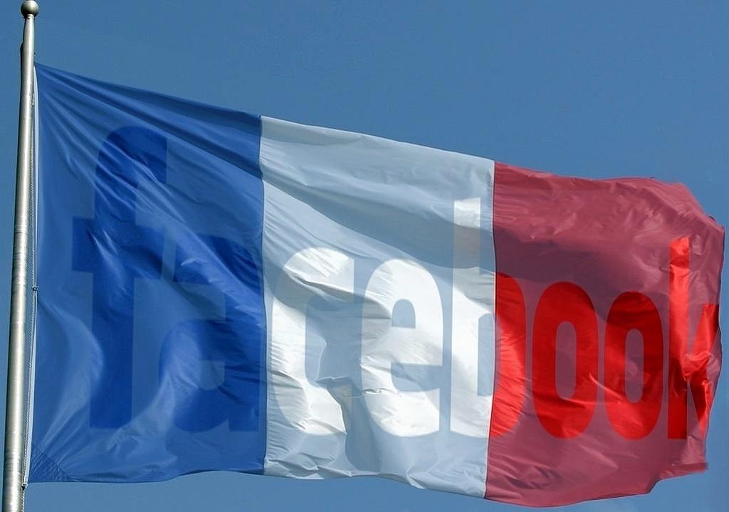 drapeau-france-facebook-reseaux-sociaux-democratie-virtuelle